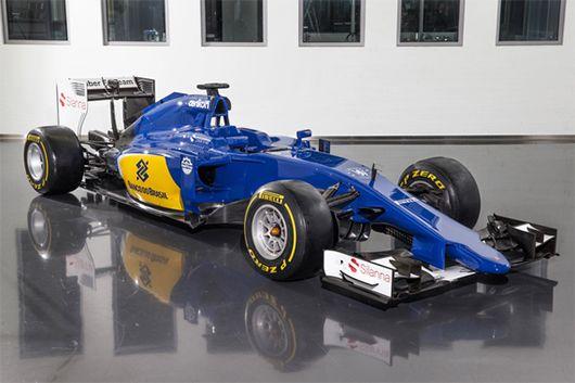 ザウバー C34  なんかブルー・エンジェルスみたいな色になった