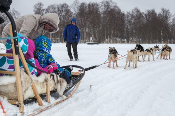 Photoreview of Nallikari Winter Village in Oulu, Northern Finland