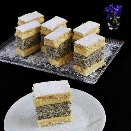 Egy finom Francia mákos krémes ebédre vagy vacsorára? Francia mákos krémes Receptek a Mindmegette.hu Recept gyűjteményében!