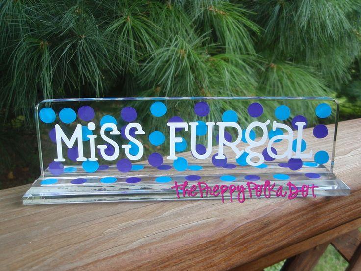 Polka-dot name plate for the teacher's desk. So cute!