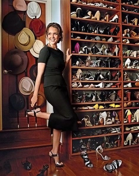 Jessica Alba's dressing room