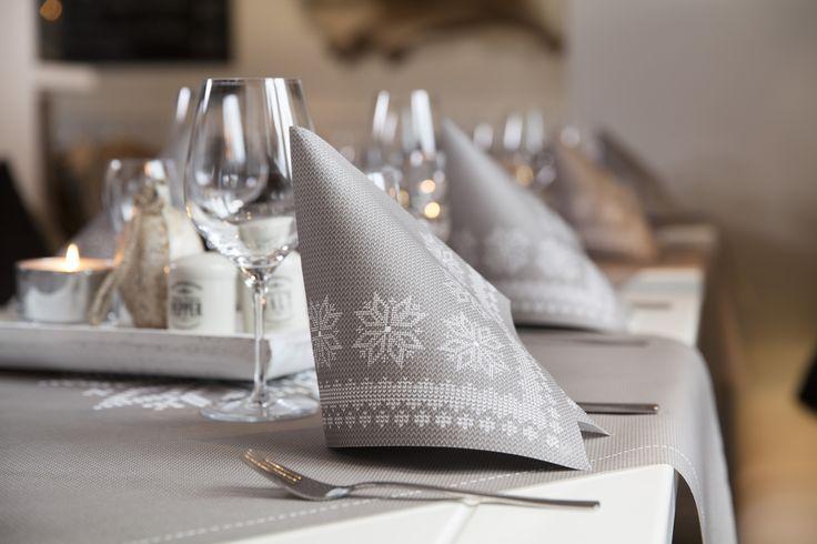 23 besten tischdekoration weihnachten bilder auf pinterest. Black Bedroom Furniture Sets. Home Design Ideas