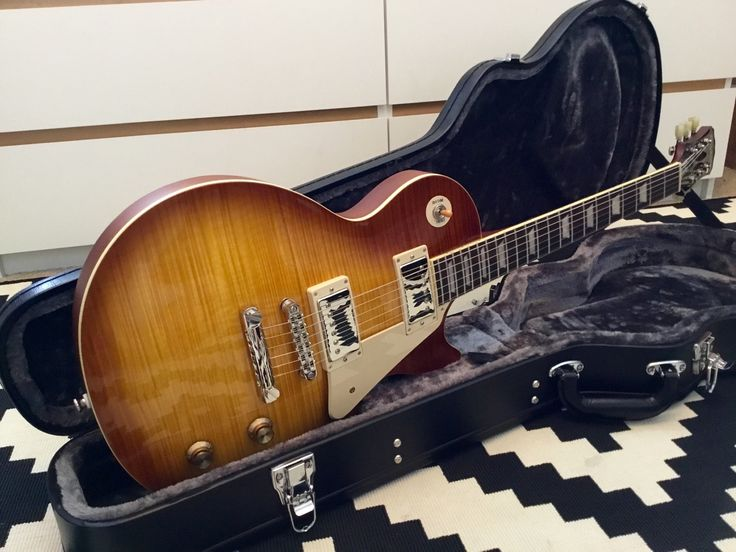 2014 Ltd. Edition Les Paul Traditional Pro in Desert Burst, DiMarzio PAF 36th Anniversary pickups, Gotoh locking tuners.  Incredible sounding and playing guitar!