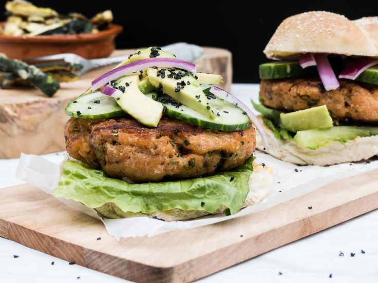 Zalmburger met courgette frietjes — Nigelvdhorst.com