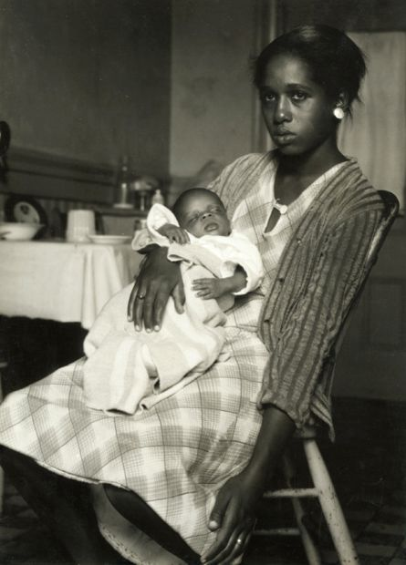 Dorothea Lange - Black Mother and Baby