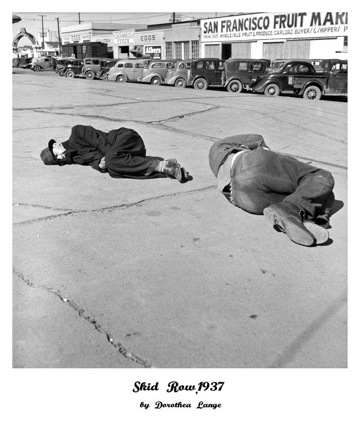 Auf diesen Bild sind Penner in einer Pennergegend von San Francisco zu sehen. Das Bild ist von Dorothea Lange.