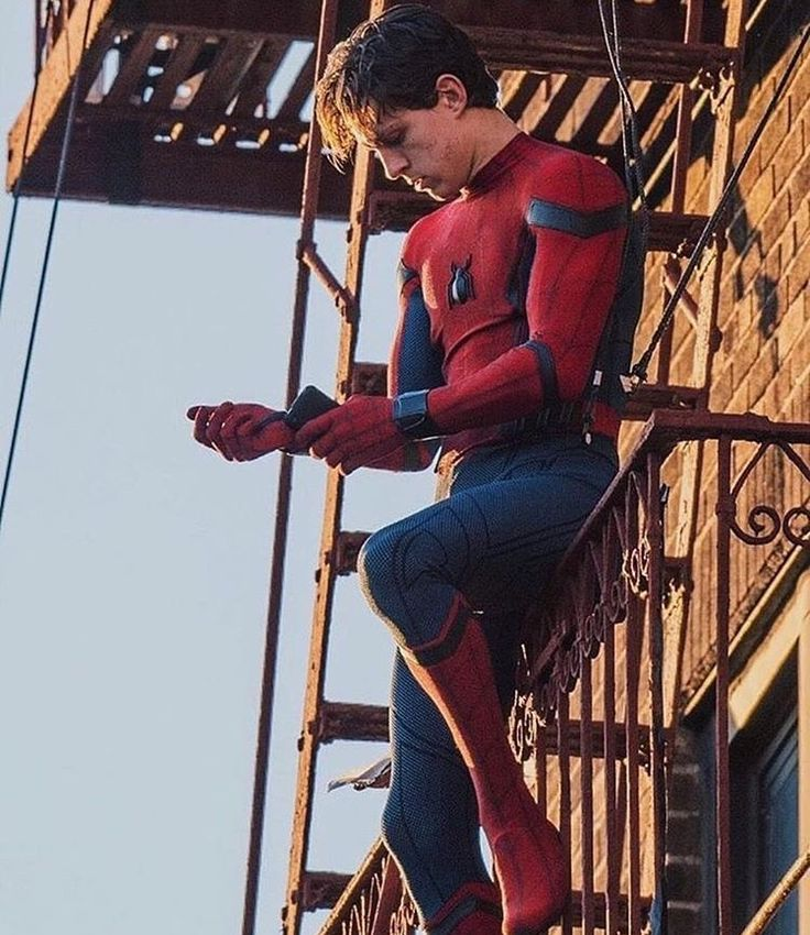 25 Best Ideas About Tom Holland Movies On Pinterest  Tom -2538