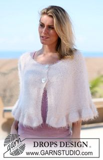 "DROPS poncho with flounce edge in ""Symphony"". Sizes: S - XXXL ~ DROPS Design"