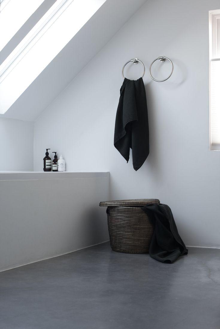 bathroom by Elisabeth Heier
