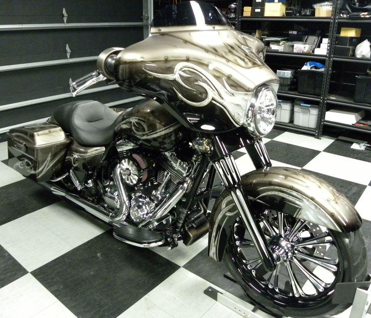 Harley-Davidson : Touring 2013 CLEARANCE SALE CUSTOM HARLEY DAVIDSON STREET GLIDE 200 REAR TIRE