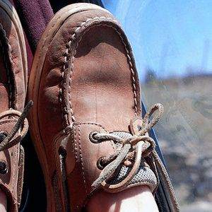 How to Get Smell Out of Sperry Top-Siders