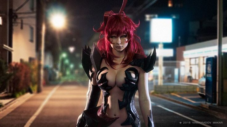 "25 Anime Cosplays That Will Make You Say ""Damn, That's Good"""