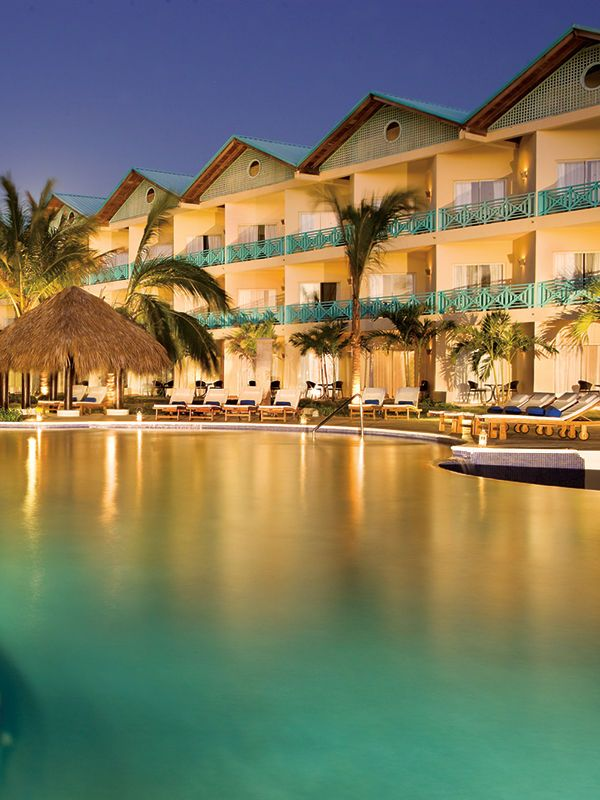 All-inclusive Honeymoon Packages | Best All Inclusive Resorts for a Honeymoon: Dreams La Romana Resort & Spa