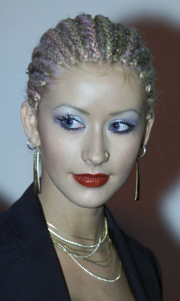 Augen Make Up 90er 2000s Inspo Blauer Lidschatten 90er Jahre