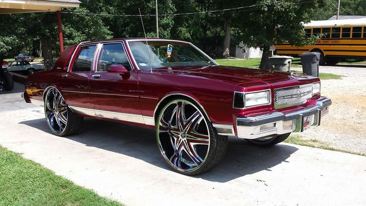 Old Skool Box Chevy Sitting On 28 Inch Rims Old Skools