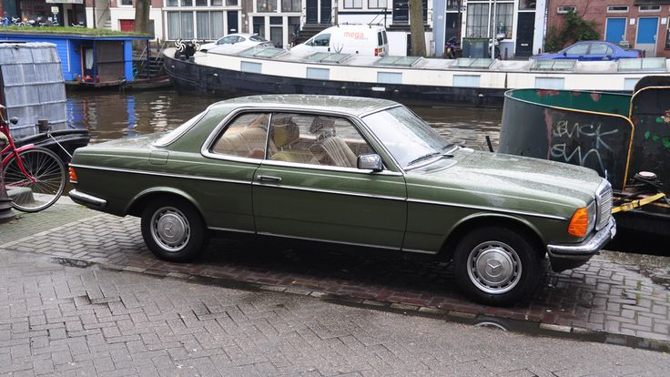 german-cars-after-1945 • 1981 Mercedes 230 CE...