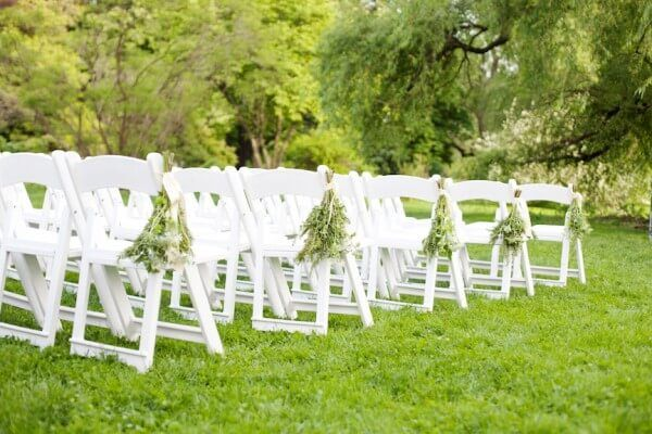 Arlington rental provides high quality Chairs On Rent at affordable prices for any Party or event in Hinsdale, IL. Our chair rental products include Chiavari chairs on Rent, folding chairs on Rent, stackable chairs rental and many more.