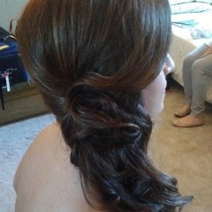 Italian destination wedding hairstylist