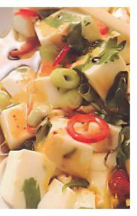 Silken tofu in een kommetje