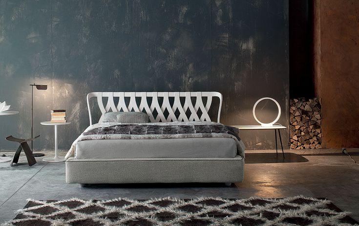 Twils Bett - die italienische Handwerkskunst mit Liebe zum Detail bei Daunenspiel