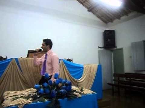 CANTOR ROMARIO SILVA GOSPEL   UMA COISA NOVA   PORTEIRINHA MG 17 08  2013