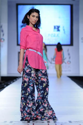 Zara Shahjahan at Pakistan Fashion Week 2012 Lahore - Zara - Zimbio