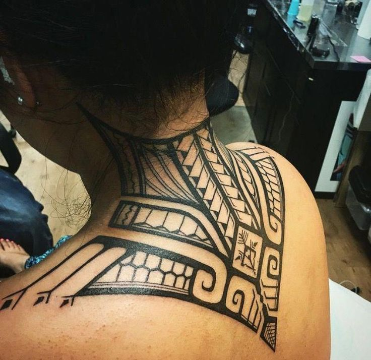 Créations de tatouages samoans pour femmes #Samoantattoos #samoantattoosmale   – Tattooos