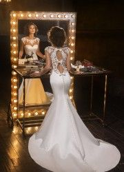 Wedding Dress Style 15375 by Love Bridal    Available in stock 1 dress left   Size: UK 08 / EU 36  Colour Off White  Price: -10% off R 14 300  Hire Price R 12 870 tel.  0 215564880