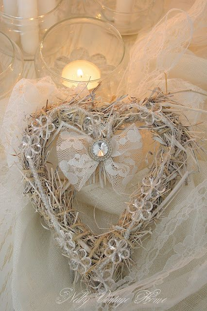 raffia: Vintage Heart, Nelly Vintage, Vintage Home, Heart Wreaths, Shabby Chic, Hair Bows, Lace Bows, Wreaths Heart, Vintage Style