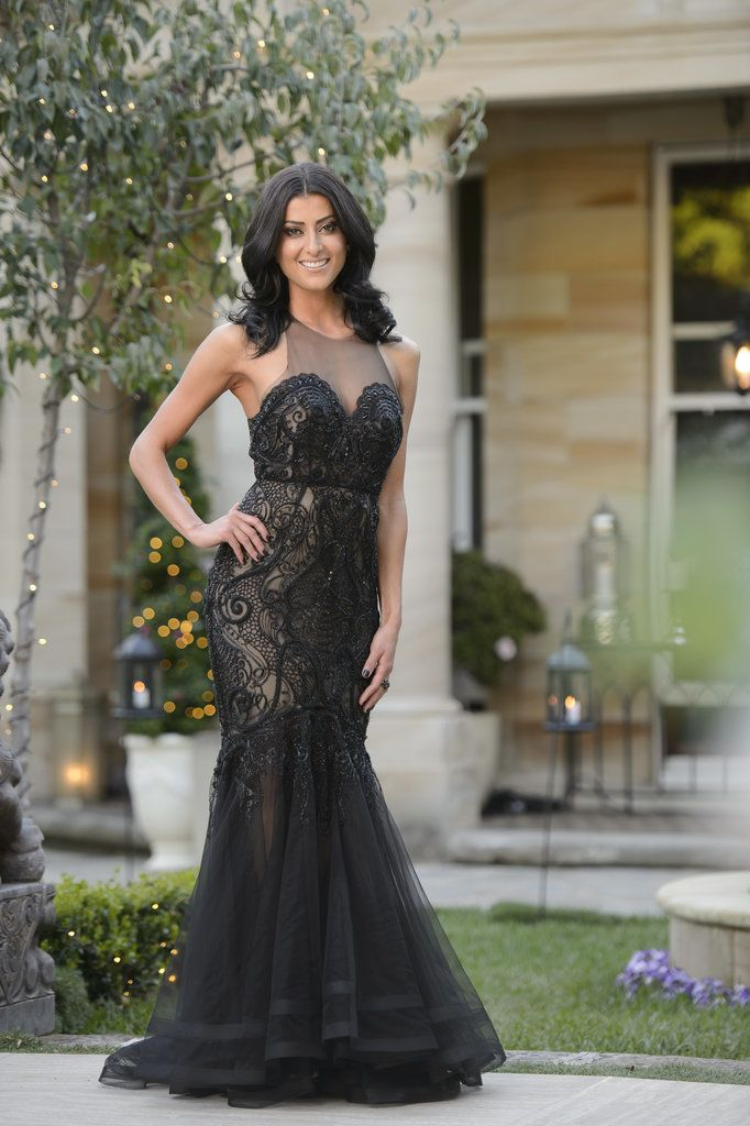 Ebru wears Philippa Galasso on The Bachelor Australia 3