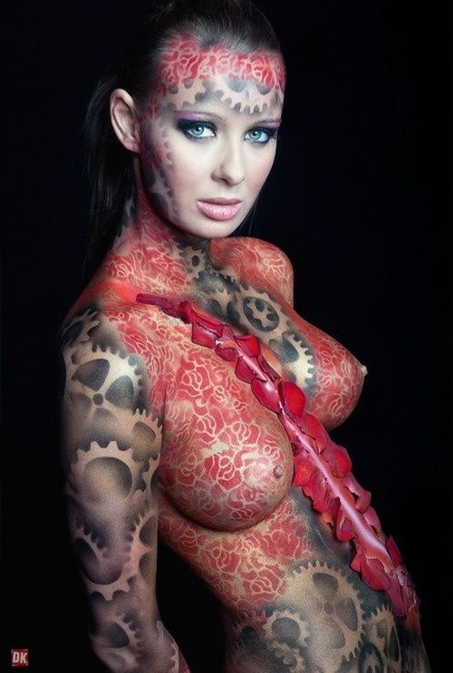 Are Women full body tattoos nude mistake