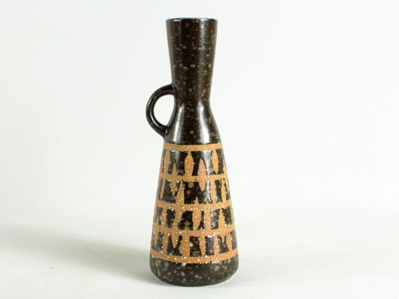 Halverwege de eeuw modernistische keramische vaas