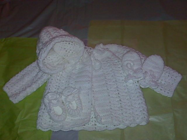 17 Best ideas about Crochet Baby Sweaters on Pinterest Crochet baby clothes...