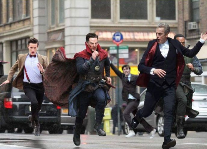 This whole thing is crazy awesome (David Tennant In Places He Shouldn't Be!)
