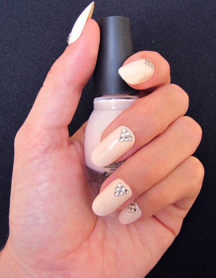 Bling nails : iZ Beauty of London Crystalize iT studs..