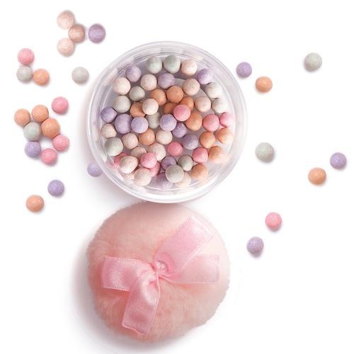 Pearly poeder voor een mooie finishing touch!