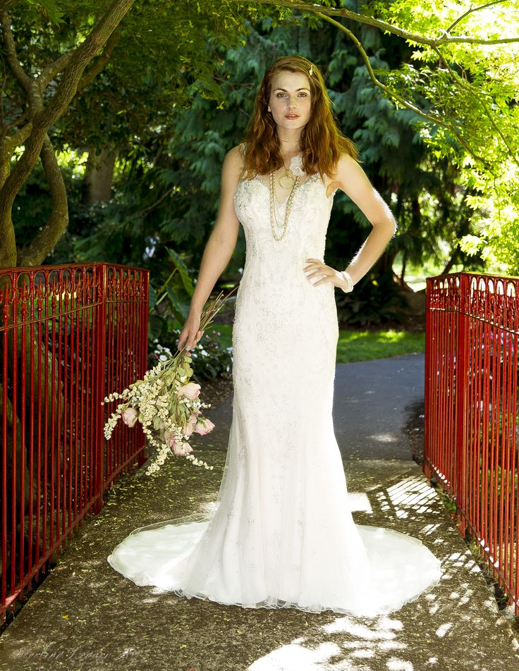 photographer: Michael Barkley, model: Maria Buhne (Coultish Management), gowns from Victoria Bridal
