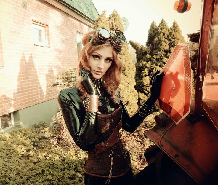 Steam Girls: Photo
