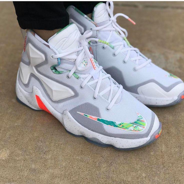 """Nike LeBron 13 """"Easter"""""""