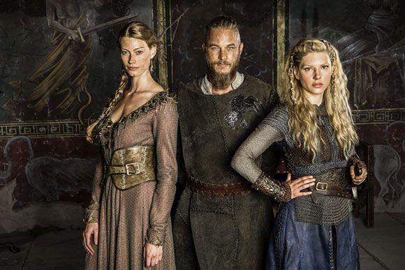 Vikings Season 2 Shows Off More Photos of Ragnar, Lagertha and Princess Aslaug