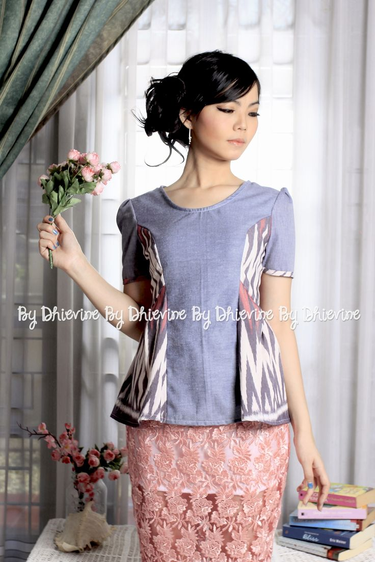 Nastiti Ikat Top | DhieVine | Redefine You