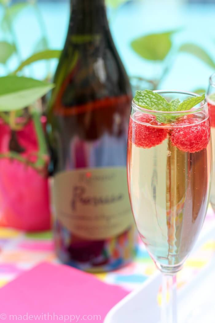 Best 25 prosecco cocktails ideas on pinterest cocktail for Drinks made with prosecco