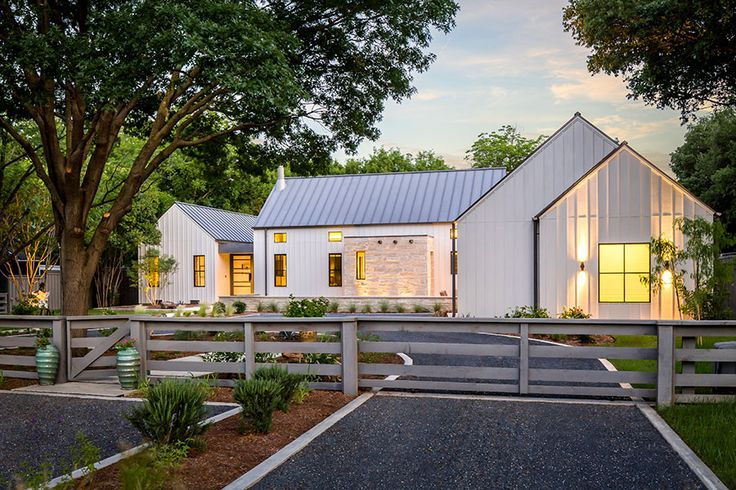 Olsen Studios - Modern Farmhouse. So much to love about this thoughtful house!