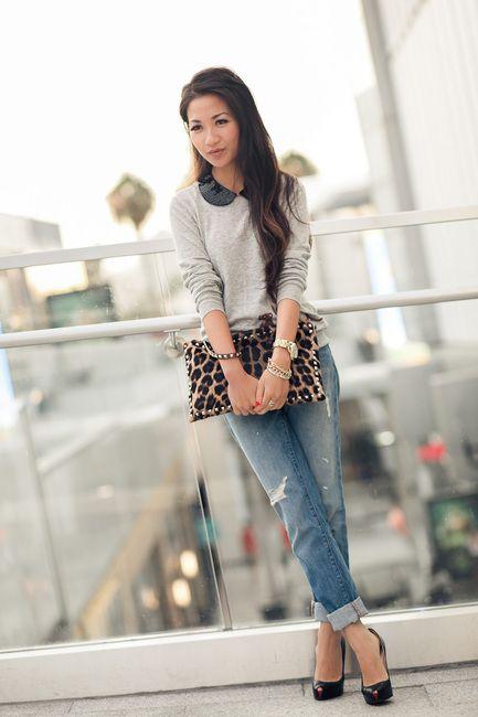 .: Sweater, Boyfriend Jeans, Fashion, Clutches, Street Style, Leopards, Wear, Leopard Clutch