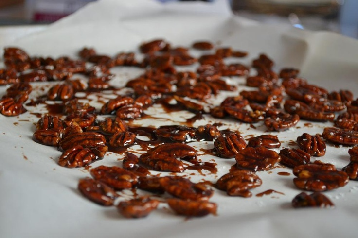 SWEET AND SALTY PECANS (easy)