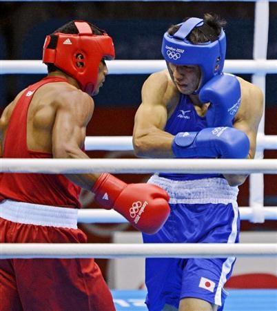 【ボクシング】村田、48年ぶり「金」 1ポイント差で競り勝つ