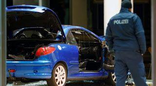 EΛΛΗΝΙΚΗ ΔΡΑΣΗ: Συναγερμός στις Αρχές  Βερολίνο: Οδηγός έβαλε φωτι...