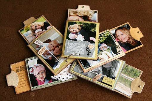 Tutorial: Mini-album with pull-out cards | creativscrap