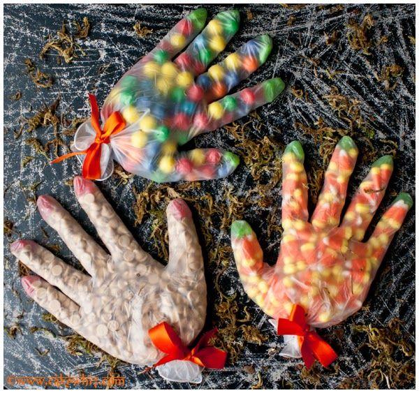 Kindertraktaties: Halloween handen