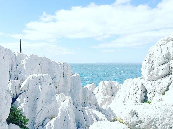 Wakayama Prefecture Shirasaki Marine Park 和歌山県 白崎海洋公園 そこは日本のエーゲ海!白と青のコントラストが美しすぎる「白崎海岸」とは